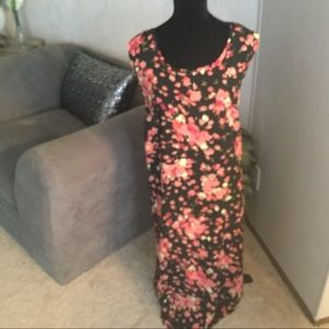 Los Angeles Woman Dresses - Black & Coral Maxi Dress With Top